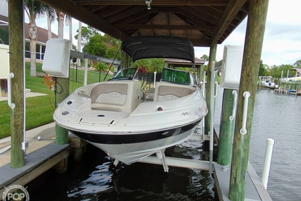 Sea Ray 220 Sundeck for sale in United States of America for $19,900 (£15,499)