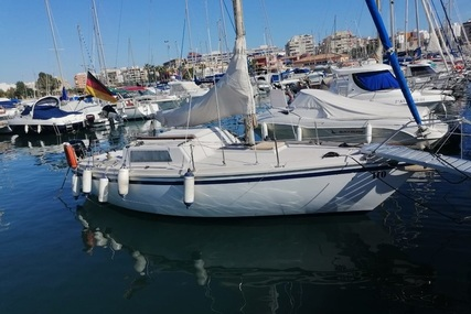 Jeanneau Sangria 25 for sale in Spain for €7,900 (£7,118)