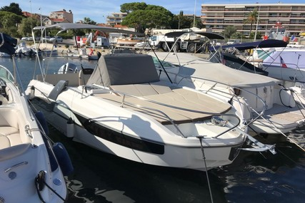 Beneteau Flyer 7.7 Sundeck for sale in France for €49,000 (£41,322)