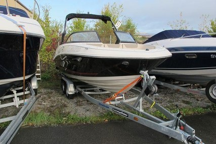 Bayliner VR5 CUDDY E for sale in Germany for €44,900 (£37,877)