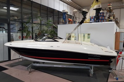 Bayliner VR 4 E for sale in Germany for €39,900 (£33,122)