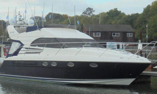 Image of Fairline Phantom 42 for sale in United Kingdom for £124,950 Hamble River Boat Yard, United Kingdom