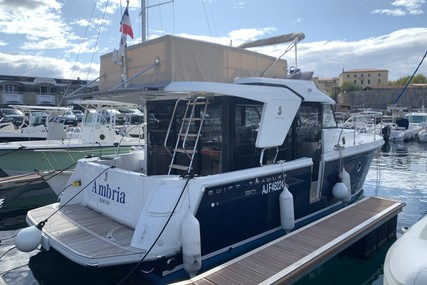 Beneteau Swift Trawler 30 for sale in France for €217,500 (£191,578)