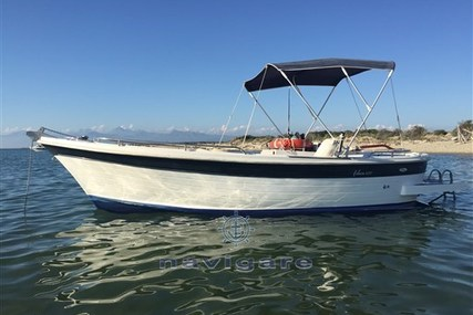 NAVALPLASTICA GOZZO 640 for sale in Italy for €15,000 (£13,772)