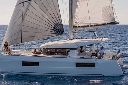 Lagoon 40 for sale in France for €315,966 (£278,308)