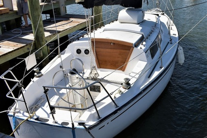 Cal Yachts 31 for sale in United States of America for $14,500 (£11,117)