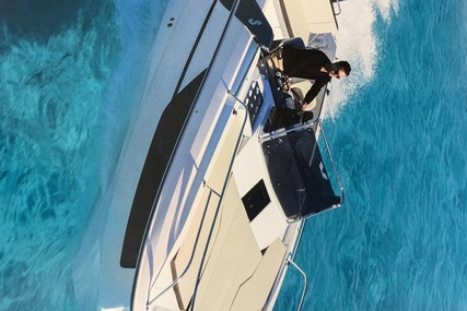 Beneteau Flyer 7.7 Sundeck for sale in France for €45,900 (£39,342)