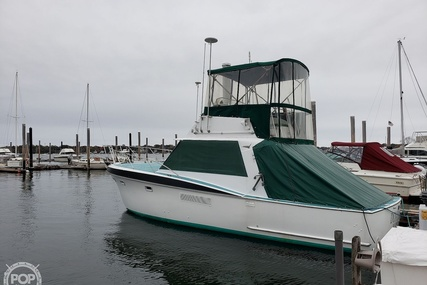 Hatteras 34 Convertible for sale in United States of America for $24,900 (£19,012)