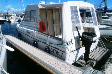 Beneteau Antares 805 for sale in France for €15,000 (£12,649)