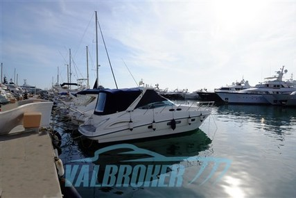 Sealine S38 for sale in Italy for €119,000 (£102,172)