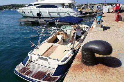 Chris-Craft Launch 25 for sale in Spain for €85,000 (£71,558)
