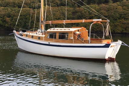 Custom Holman and Pye gunter sloop for sale in United Kingdom for £26,000