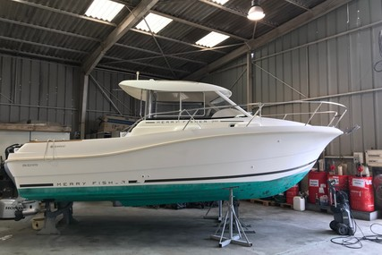 Jeanneau Merry Fisher 725 for sale in France for €27,500 (£23,534)