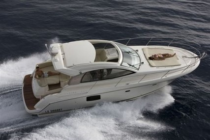 Jeanneau Prestige 38 S for sale in Italy for €129,000 (£110,396)