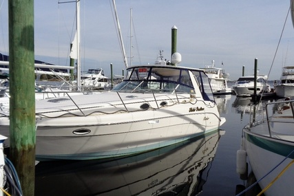 Rinker Fiesta Vee 342 for sale in United States of America for $58,750 (£46,961)