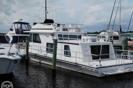 Gibson 44 Cabin Yacht for sale in United States of America for $68,000 (£53,354)
