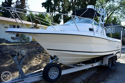 Robalo 2240 walkaround for sale in United States of America for $55,600 (£43,101)