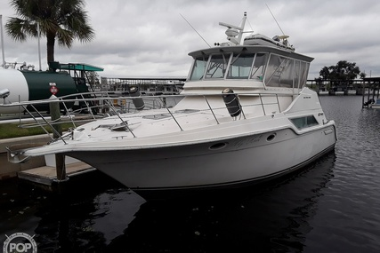 Cruisers Yachts 4280 Express Bridge for sale in United States of America for $65,000 (£49,538)