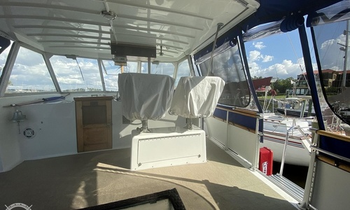 Image of Hatteras 41 TC for sale in United States of America for $110,000 (£88,781) Punta Gorda, Florida, United States of America