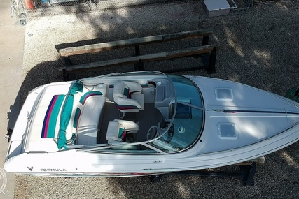 Formula 232LS for sale in United States of America for $20,750 (£15,786)