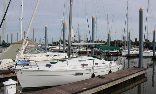 Image of Beneteau Oceanis 321 for sale in United States of America for $49,500 (£38,447) Kemah, TX, United States of America