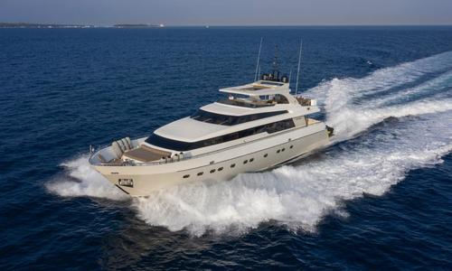 Image of Sanlorenzo Sl88 for sale in France for €2,500,000 (£2,283,126) Port La Napoule, France