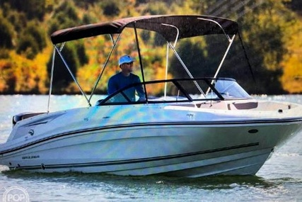 Bayliner 210 Deck Boat for sale in United States of America for $33,300 (£25,523)