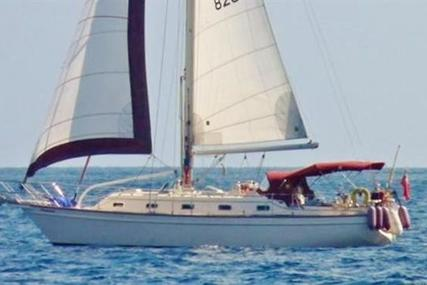 Island Packet 380 for sale in Spain for €120,000 (£102,719)