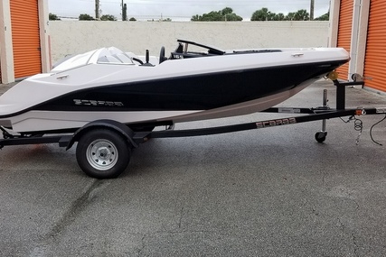 Scarab 165 G for sale in United States of America for $18,739 (£14,256)