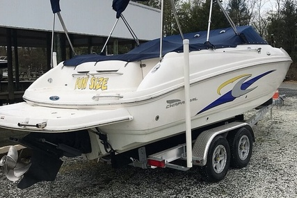 Chaparral 235 SSi for sale in United States of America for $24,499 (£19,696)