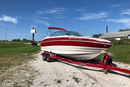 Crownline 26 for sale in United States of America for $60,000 (£46,375)