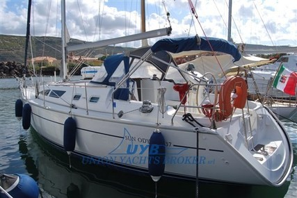 Jeanneau Sun Odyssey 37 for sale in Italy for €63,000 (£53,037)