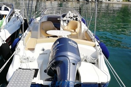 Jeanneau Cap Camarat 715 WA for sale in Italy for €28,000 (£23,962)