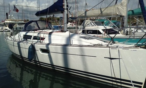 Image of Jeanneau Sun Odyssey 36i for sale in France for €58,000 (£48,558) La Rochelle, , France