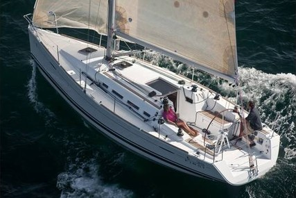 Beneteau First 35 for sale in France for €85,000 (£71,280)