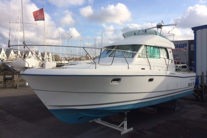 Beneteau Antares 10.80 for sale in France for €75,000 (£64,200)