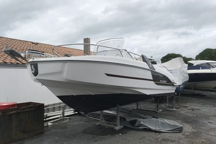 Beneteau Flyer 6.6 Sundeck for sale in France for €36,500 (£30,837)