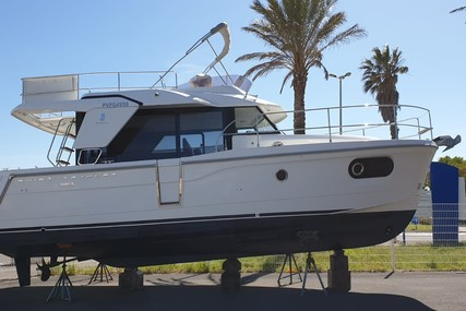 Beneteau Swift Trawler 30 for sale in France for €199,000 (£166,048)