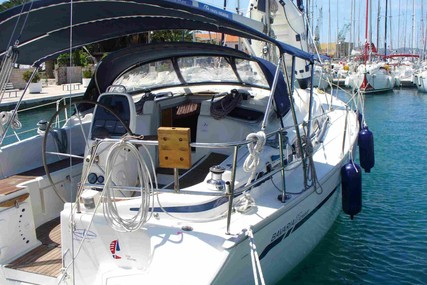 Bavaria Yachts 37 Cruiser for sale in France for €40,000 (£35,153)