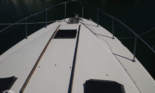 Image of Sea Ray 390 Express Cruiser for sale in United States of America for $13,995 (£10,981) Islamorada, Florida, United States of America
