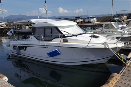 Jeanneau Merry Fisher 795 for sale in France for €55,000 (£46,303)