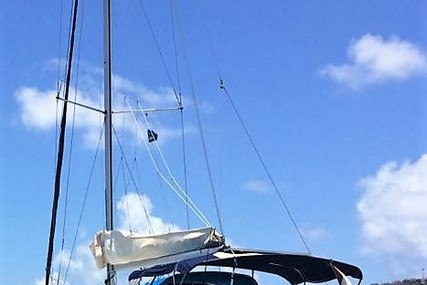 Beneteau Cyclades 39.3 for sale in Saint Lucia for $60,000 (£46,414)