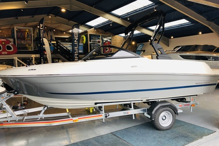 Bayliner VR4 Bowrider I/O for sale in United Kingdom for £44,995