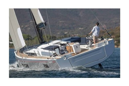 Beneteau OCEANIS 51.1 for sale in Spain for €371,000 (£337,144)