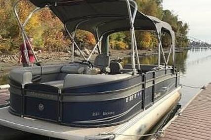 Premier Pontoons 240 Sunspree Rf Tritoon Boats For Sale