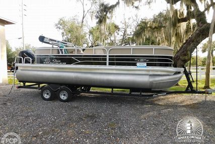 Sun Tracker 22 DLX Party Barge RF for sale in United States of America for $27,800 (£21,275)