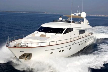 Sanlorenzo SL 82 for sale in France for €1,290,000 (£1,182,456)