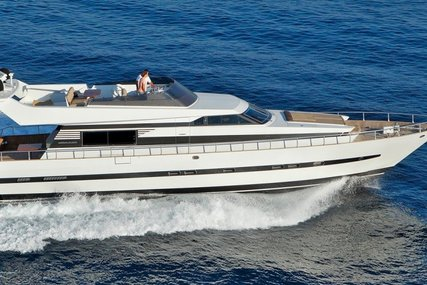 Cantieri di Pisa Akhir 20S for sale in France for €265,000 (£235,390)