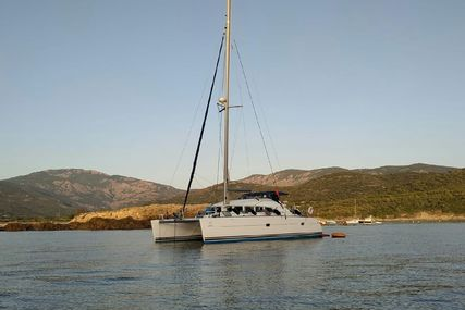 Lagoon 380 for sale in France for €175,000 (£147,847)