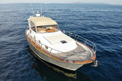 Mimi Libeccio 31 for sale in France for €98,000 (£87,825)